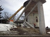 Ремонтують пішохідний міст на станції Боярка